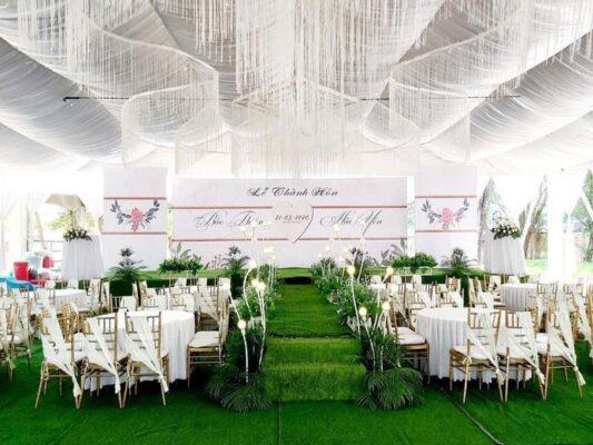 Dịch vụ tổ chức tiệc cưới ngoài trời lãng mạn của Revive Event