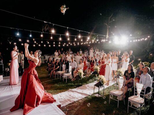 Kinh nghiệm tổ chức tiệc cưới ngoài trời