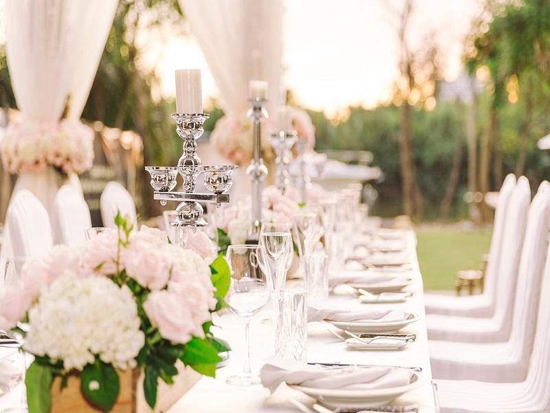 Dịch vụ tổ chức tiệc cưới tiện lợi và tiết kiệm của Revive Event