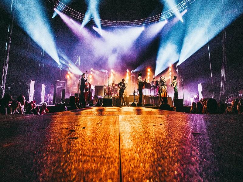 Vai trò quan trọng của hệ thống âm thanh ánh sáng sân khấu